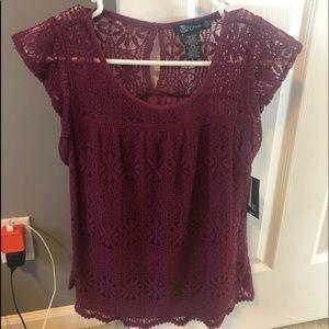 Short sleeve maroon blouse